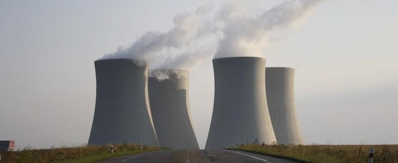 Fiables, pouvant fonctionner sans lubrification et insensibles aux champs électromagnétiques, on trouve les moteurs modec dans le secteur nucléaire.